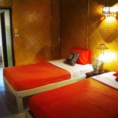 Отель Areeya Phuree Resort 3* Улучшенный номер с различными типами кроватей фото 3