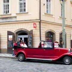 Отель Cherry Charm Apartment Чехия, Прага - отзывы, цены и фото номеров - забронировать отель Cherry Charm Apartment онлайн городской автобус