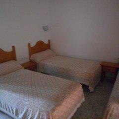 Отель Hostal Paco Pepe Испания, Кониль-де-ла-Фронтера - отзывы, цены и фото номеров - забронировать отель Hostal Paco Pepe онлайн комната для гостей фото 2