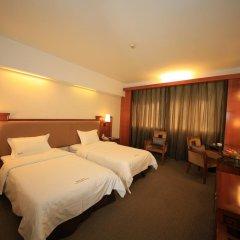 Sino Hotel Guangzhou 3* Стандартный номер с различными типами кроватей фото 4