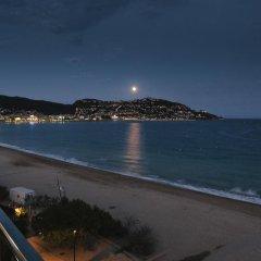 Отель Maritim Испания, Курорт Росес - отзывы, цены и фото номеров - забронировать отель Maritim онлайн пляж фото 2