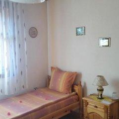 Отель Mechta Guest House 2* Стандартный номер с 2 отдельными кроватями (общая ванная комната) фото 10