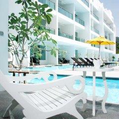 Отель The Old Phuket - Karon Beach Resort 4* Номер Делюкс с двуспальной кроватью фото 4