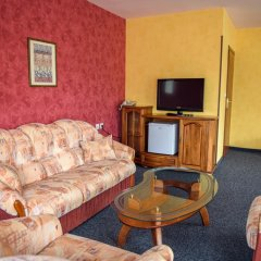 Hotel Kiparis Alfa комната для гостей