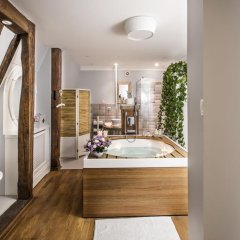 Отель Apartamenty Ambasada Люкс с различными типами кроватей фото 8