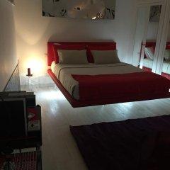 Отель Two Chic Guesthouse Италия, Рим - отзывы, цены и фото номеров - забронировать отель Two Chic Guesthouse онлайн комната для гостей