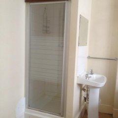 The Crystal Lodge Hotel 2* Стандартный номер с различными типами кроватей (общая ванная комната) фото 6