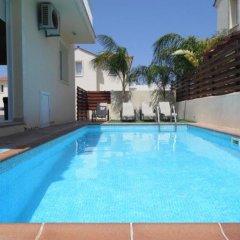 Отель Villa Florie Кипр, Протарас - отзывы, цены и фото номеров - забронировать отель Villa Florie онлайн бассейн