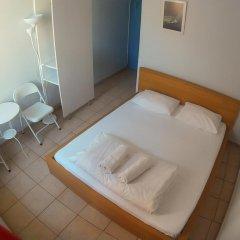Отель World House Istanbul Кровать в общем номере