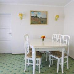Гостиница Dnipropetrovsk 3* Люкс повышенной комфортности с различными типами кроватей