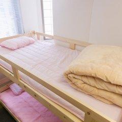 81's Inn Fukuoka - Hostel Кровать в женском общем номере с двухъярусной кроватью фото 5