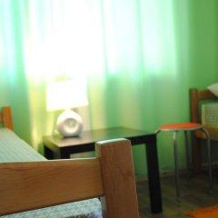 Домино Хостел Стандартный семейный номер с двуспальной кроватью фото 4