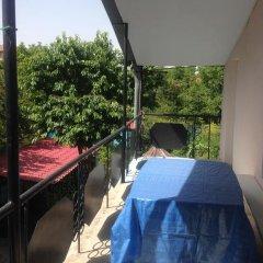 Отель Family Summer House On Cityline Армения, Ереван - отзывы, цены и фото номеров - забронировать отель Family Summer House On Cityline онлайн балкон