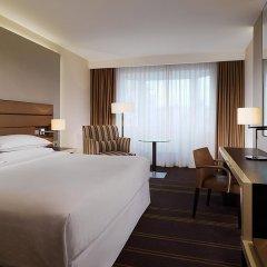 Гостиница Шератон Палас Москва 5* Улучшенный номер с различными типами кроватей фото 10