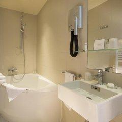Отель Hôtel Palais De Chaillot 3* Улучшенный номер с 2 отдельными кроватями