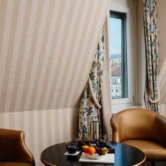 Small Luxury Hotel Ambassador Zürich 4* Номер Делюкс с различными типами кроватей фото 5