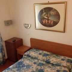 Tirreno Hotel 3* Стандартный номер с двуспальной кроватью фото 6