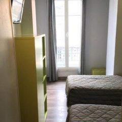 Отель H33 hôtel 2* Номер категории Эконом с различными типами кроватей фото 6