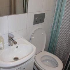 Birka Hostel Стандартный номер с 2 отдельными кроватями фото 22