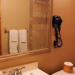 Отель Downtown Value Inn Стандартный номер с различными типами кроватей фото 4