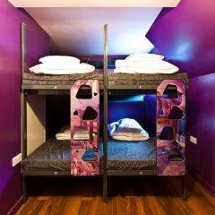 Clink78 Hostel Стандартный семейный номер с двуспальной кроватью (общая ванная комната) фото 6