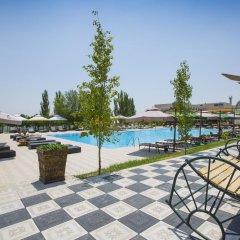 Отель Cross Apartments and Tours Армения, Ереван - отзывы, цены и фото номеров - забронировать отель Cross Apartments and Tours онлайн бассейн фото 3