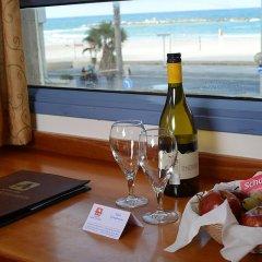 Abratel Suites Hotel Тель-Авив в номере