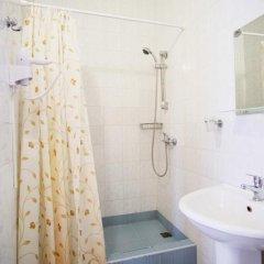 Гостиница Континент 2* Номер Комфорт с двуспальной кроватью фото 11