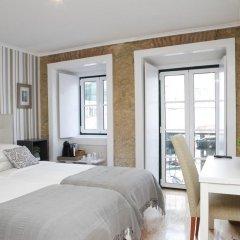 Отель Flores Guest House 4* Номер Комфорт с различными типами кроватей фото 16
