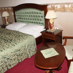 Hotel Grahor 4* Улучшенный номер с двуспальной кроватью фото 5