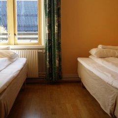 Отель Cochs Pensjonat 2* Стандартный номер с 2 отдельными кроватями (общая ванная комната) фото 6