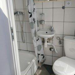 Отель ATTIC place Польша, Варшава - отзывы, цены и фото номеров - забронировать отель ATTIC place онлайн ванная