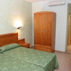 Hotel Fonda Neus Номер категории Эконом с различными типами кроватей