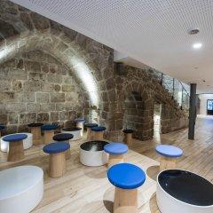 Отель Bluesock Hostels Porto бассейн
