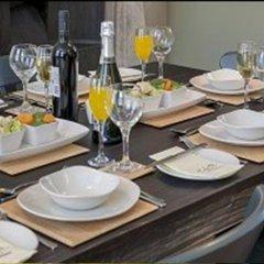 Отель The Lawrance Luxury Aparthotel - York питание