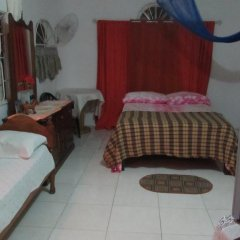 Отель Tina's Guest House 2* Стандартный номер с различными типами кроватей фото 34