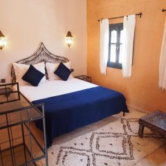 Отель Riad Bouchedor Марокко, Уарзазат - отзывы, цены и фото номеров - забронировать отель Riad Bouchedor онлайн комната для гостей фото 2