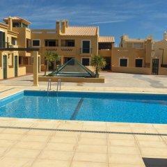 Отель Vila Bairos бассейн