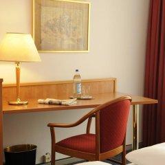 Hotel Isartor 3* Стандартный номер с двуспальной кроватью фото 4