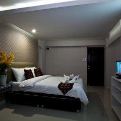 Отель NRC Residence Suvarnabhumi 3* Улучшенный номер с различными типами кроватей фото 6