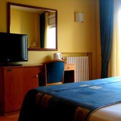 Отель RVHotels Nieves Mar 3* Улучшенный номер с двуспальной кроватью фото 3