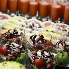 Отель Port Ciutadella Испания, Сьюдадела - отзывы, цены и фото номеров - забронировать отель Port Ciutadella онлайн питание фото 3