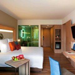 Отель Novotel Phuket Kamala Beach 4* Улучшенный номер с двуспальной кроватью