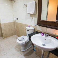 Hawaii Patong Hotel 3* Улучшенный номер с двуспальной кроватью фото 17