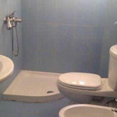 Отель Guest House Fatos Biti Албания, Голем - отзывы, цены и фото номеров - забронировать отель Guest House Fatos Biti онлайн ванная фото 2