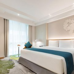 Отель Holiday Inn Bangkok комната для гостей фото 2