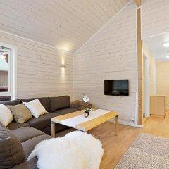Отель Tromsø Camping Улучшенный коттедж с различными типами кроватей фото 5