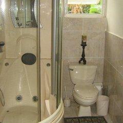 Отель Valencia Villa Ямайка, Очо-Риос - отзывы, цены и фото номеров - забронировать отель Valencia Villa онлайн ванная