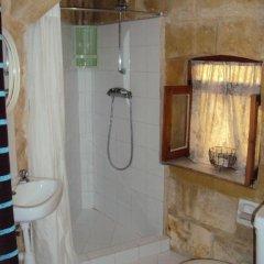 Отель La Gozitaine ванная фото 2