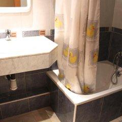 Отель Hostal Mont Thabor Улучшенный номер с различными типами кроватей фото 27